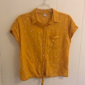 Linen/Cotton Gold Blouse with Daisies